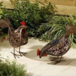 237116_solar-metal-scroll-hens-2pack