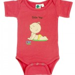242518_eco-friendly-baby-onesie-made-of-bamboo-organic-cotton-baby-yogi
